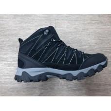 Ботинки утепленные Liman, черные, новые