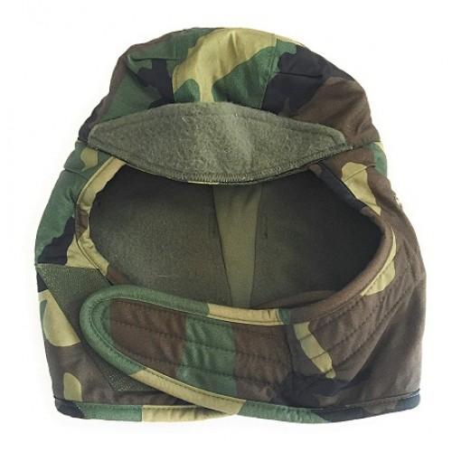 Зимняя шапка подшлемник армии США, woodland, б/у отличное состояние