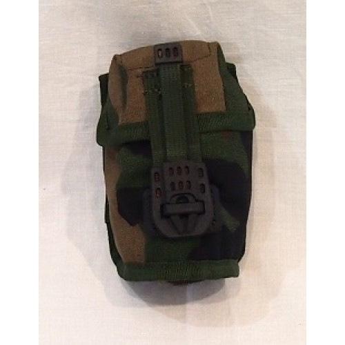 Подсумок для ручной гранаты армии Голландии, Woodland, б/у