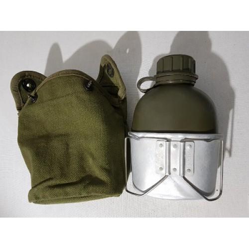 Фляга со стаканом в чехле армии Дании, олива, б/у