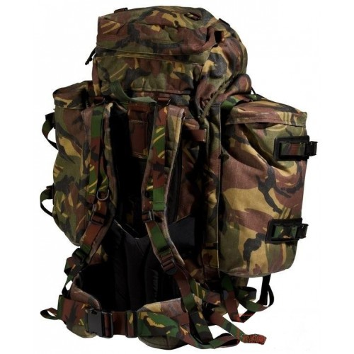 рюкзаки, военная одежда